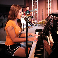 Piano Lessons Austin | Angela